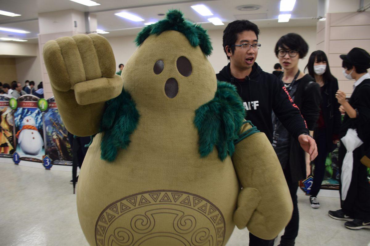 【国産eスポーツイベントの未来を垣間見た】RAGE VOL.4 Shadowverse Tempest of the Gods 東京予選Day1