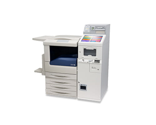 セブン‐イレブン店内に設置されているマルチコピー機でビットキャッシュを一度に5,000円分以上購入する。